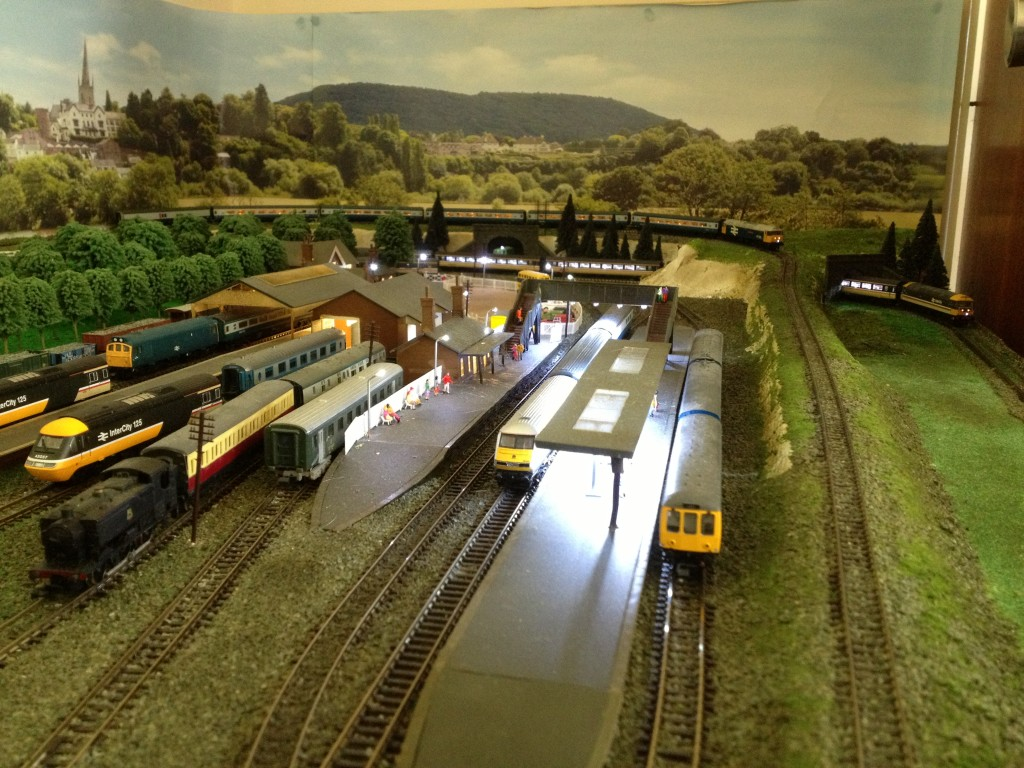 how to build n scale train layouts