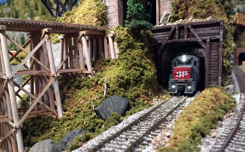 SP U28B at Badwater Tunnel 5