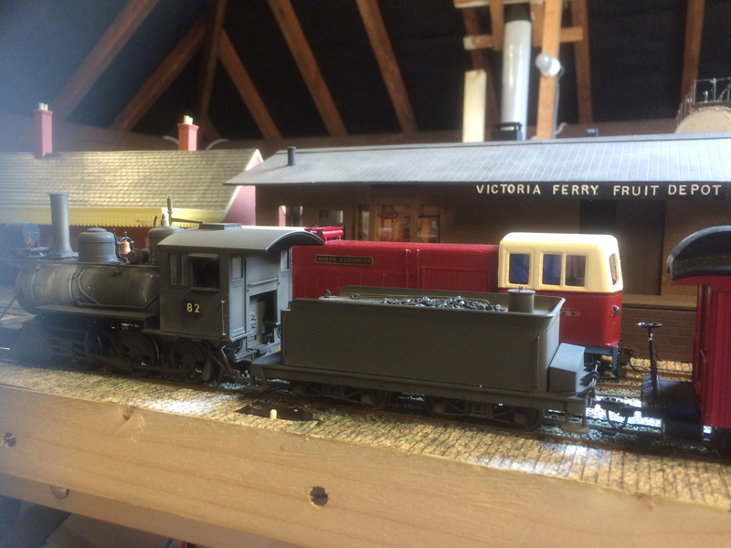 model stream train and tender