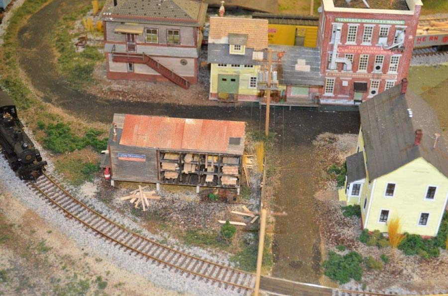 model_railroad_scene