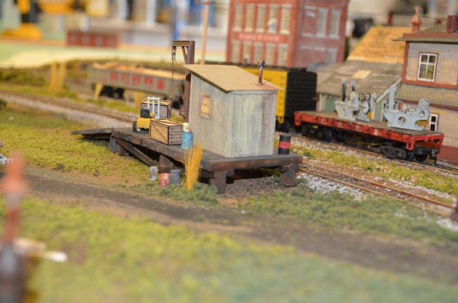 model_railroad_yard