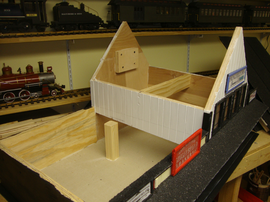 railroad_house_build
