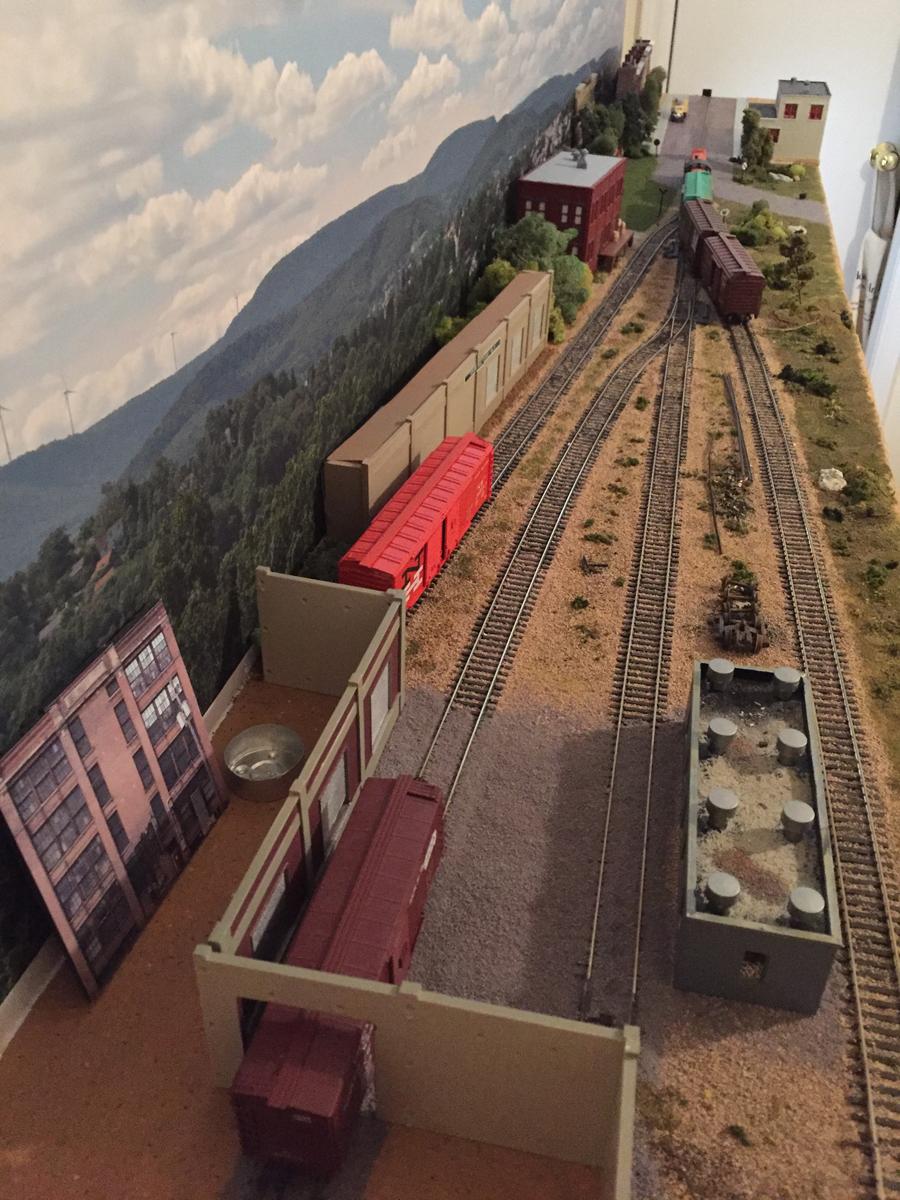 Charles 16 X 8 Switching Layout Model Railroad Layouts