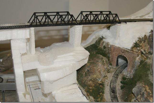 2-model-railroad-bridge