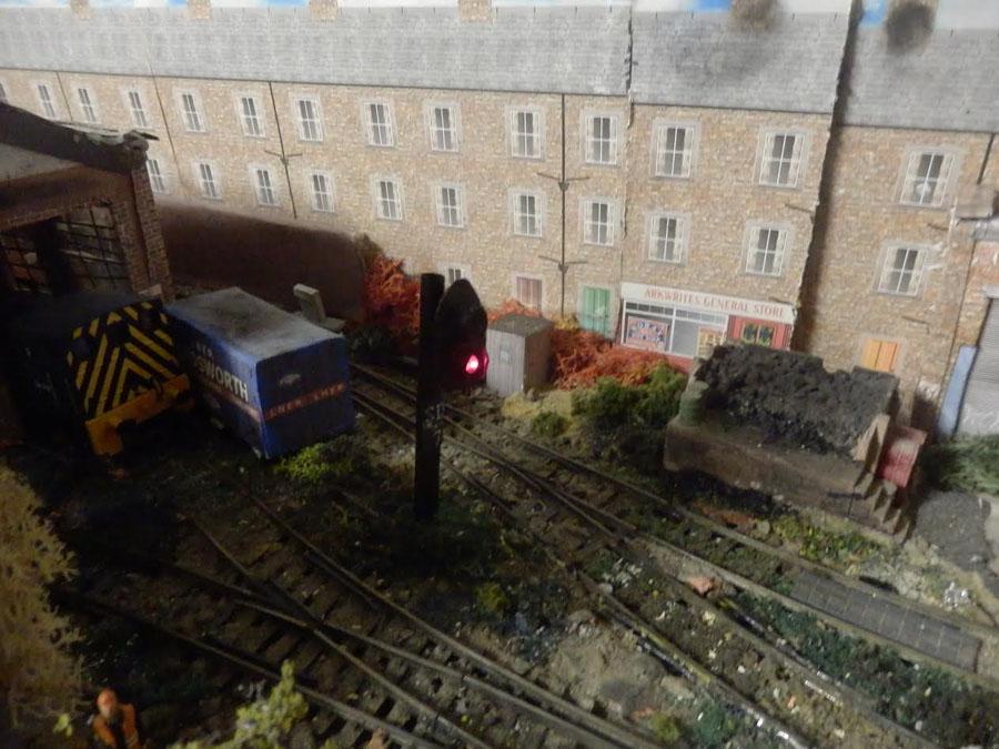 2-model-train-lights