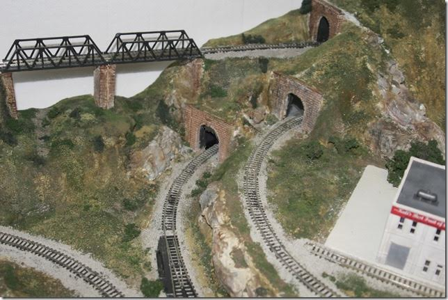 3-model-railroad-bridge