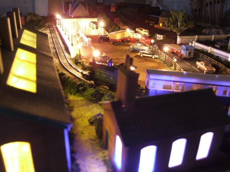 13-model-railroad-layout