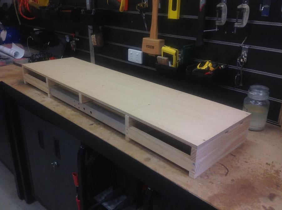 4-train-board