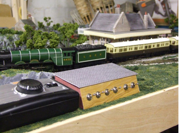 Laurence's wiring 'how-to' - Model railroad layouts plansModel