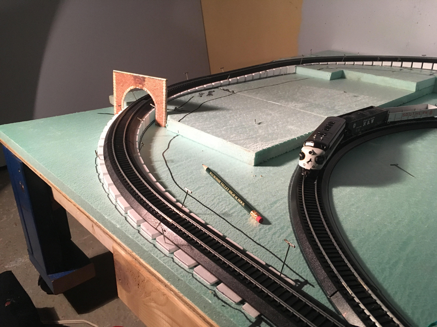 4x8 HO tunnel