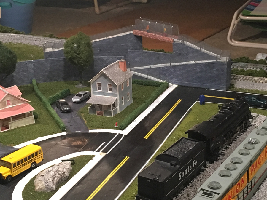 4x8 HO layout update