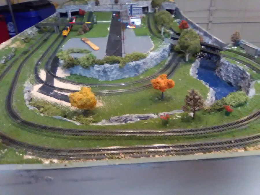 n scale double loop