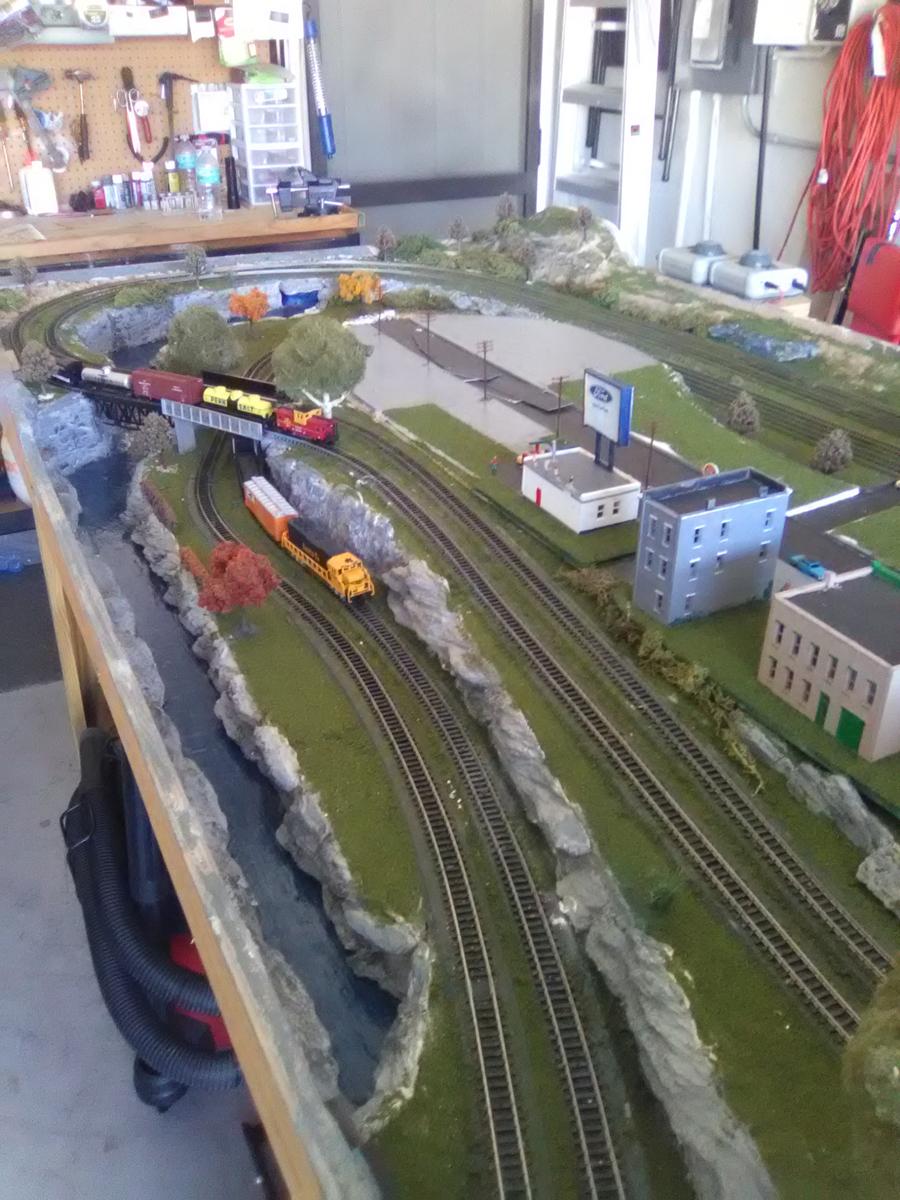 n scale 3 3x6 town scene