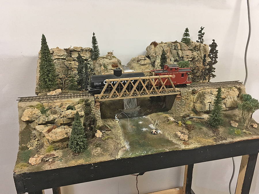 O scale bridge scene