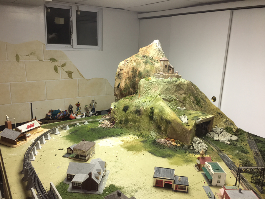 HO model railroad mountain