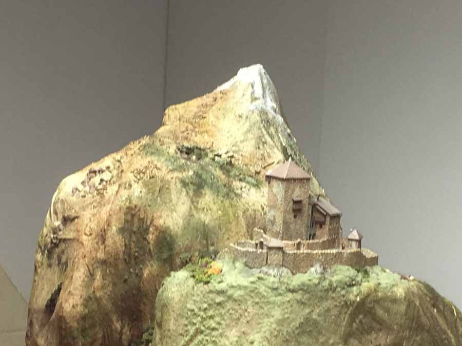 HO model raiload mountain scene