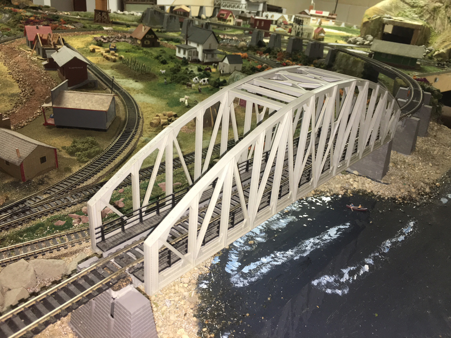 HO model railroad girder bridge