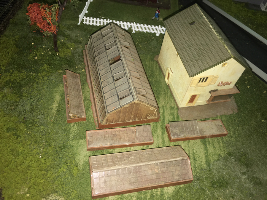 HO model railroad farm building