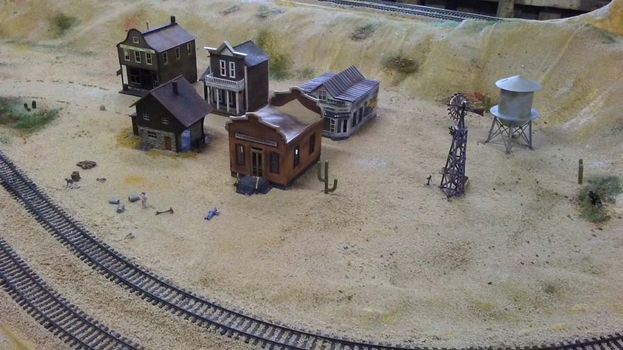 HO model railroad desert
