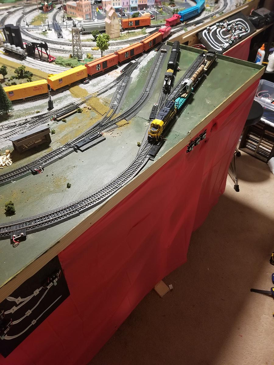 HO scale sidings expansion