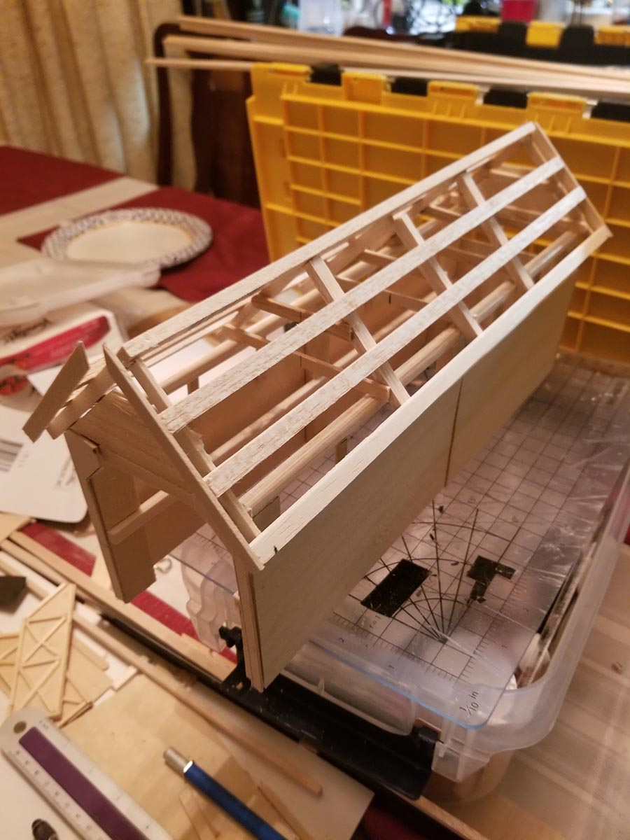 HO scale shed