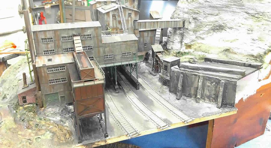 HO scale coal mine