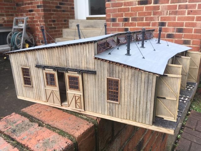 O scaleroundhouse