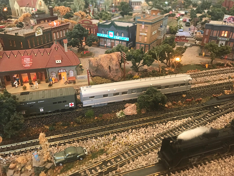 N scale carriage