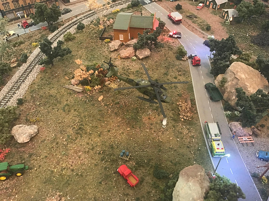 model railroad helicopter