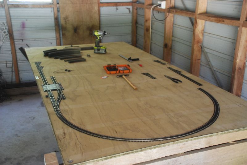 4x8 layout bench and track