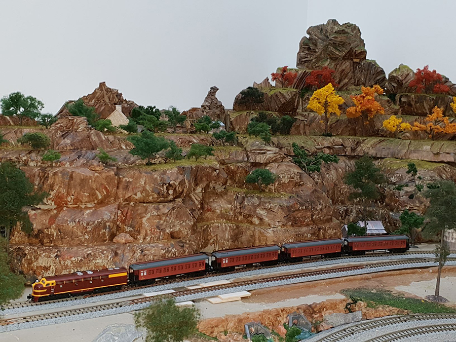 mountains model railroad