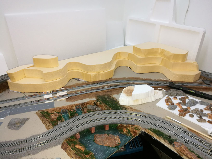 making mountains model railroad