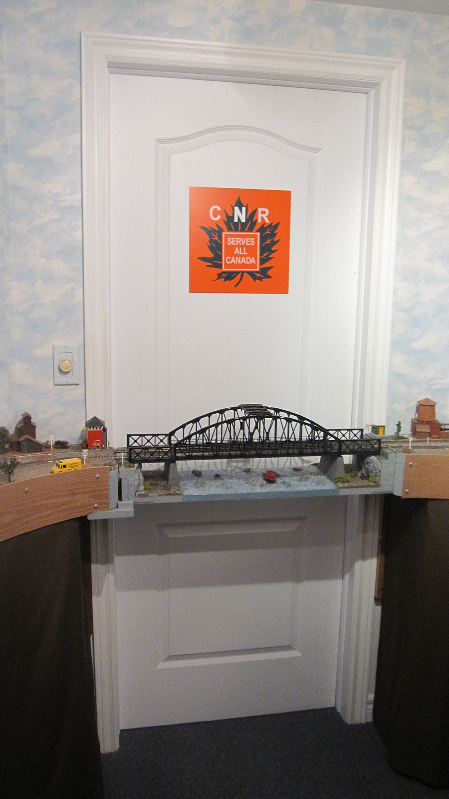 train access bridge