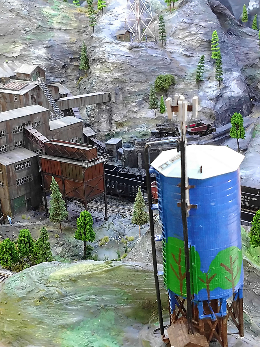 model railroad water tower
