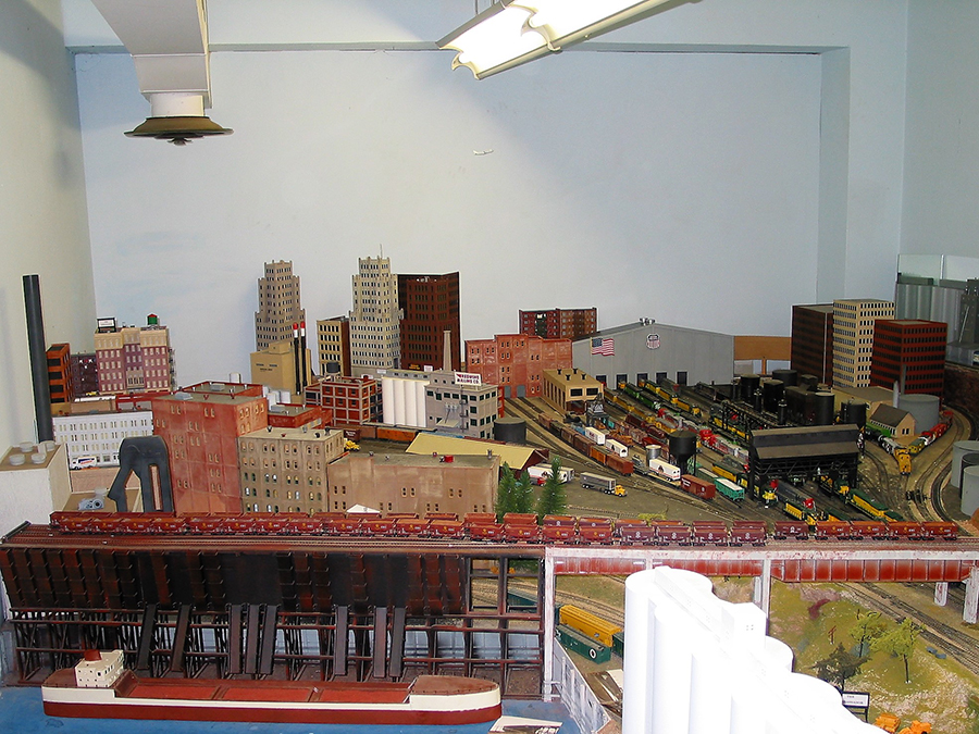 train layout show
