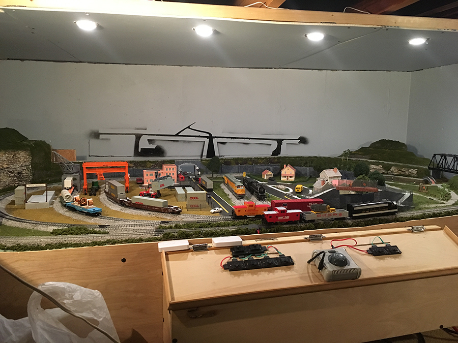 8x4 model railroad