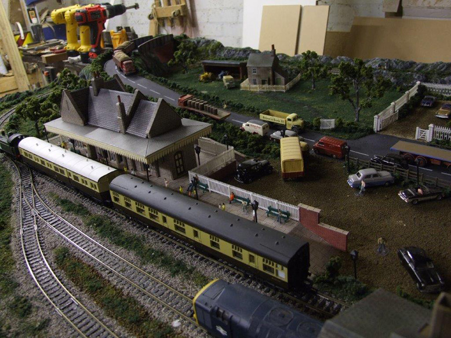 5x3 model train layout