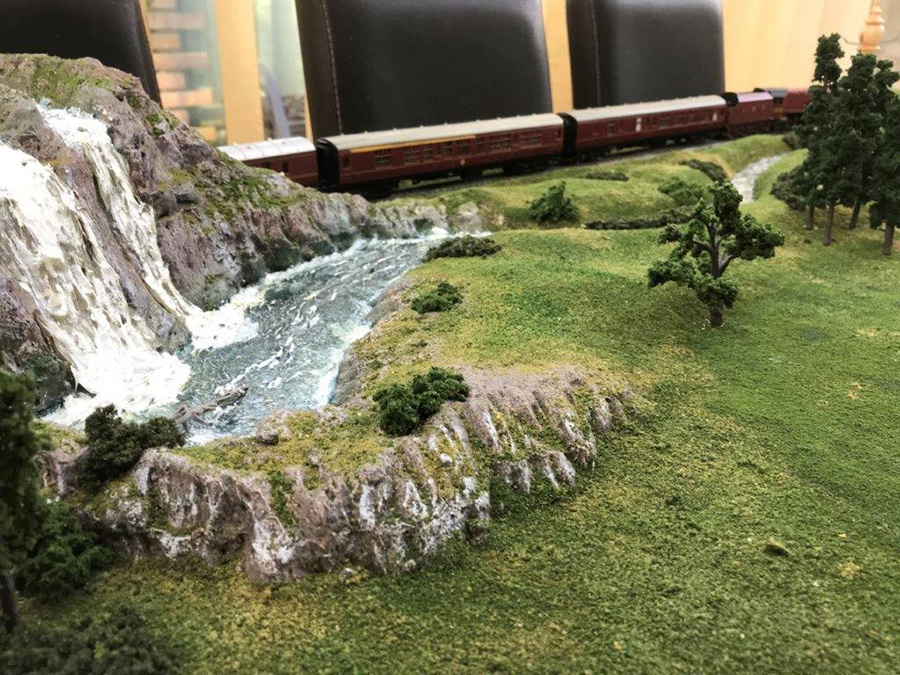 model train railroad
