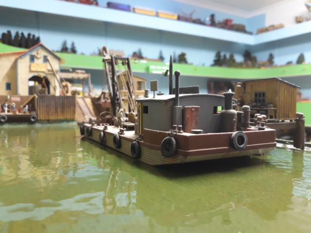 model train harbor