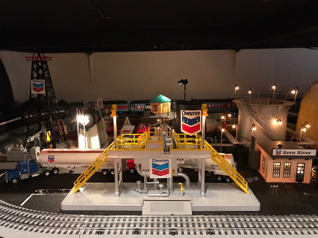 O scale model train