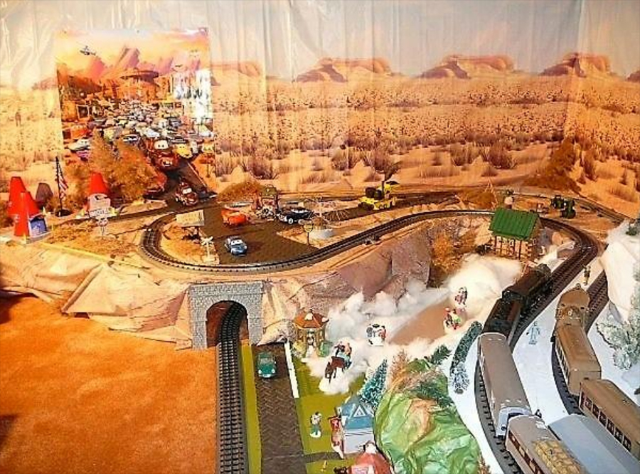 lightning mcqueen model railroad