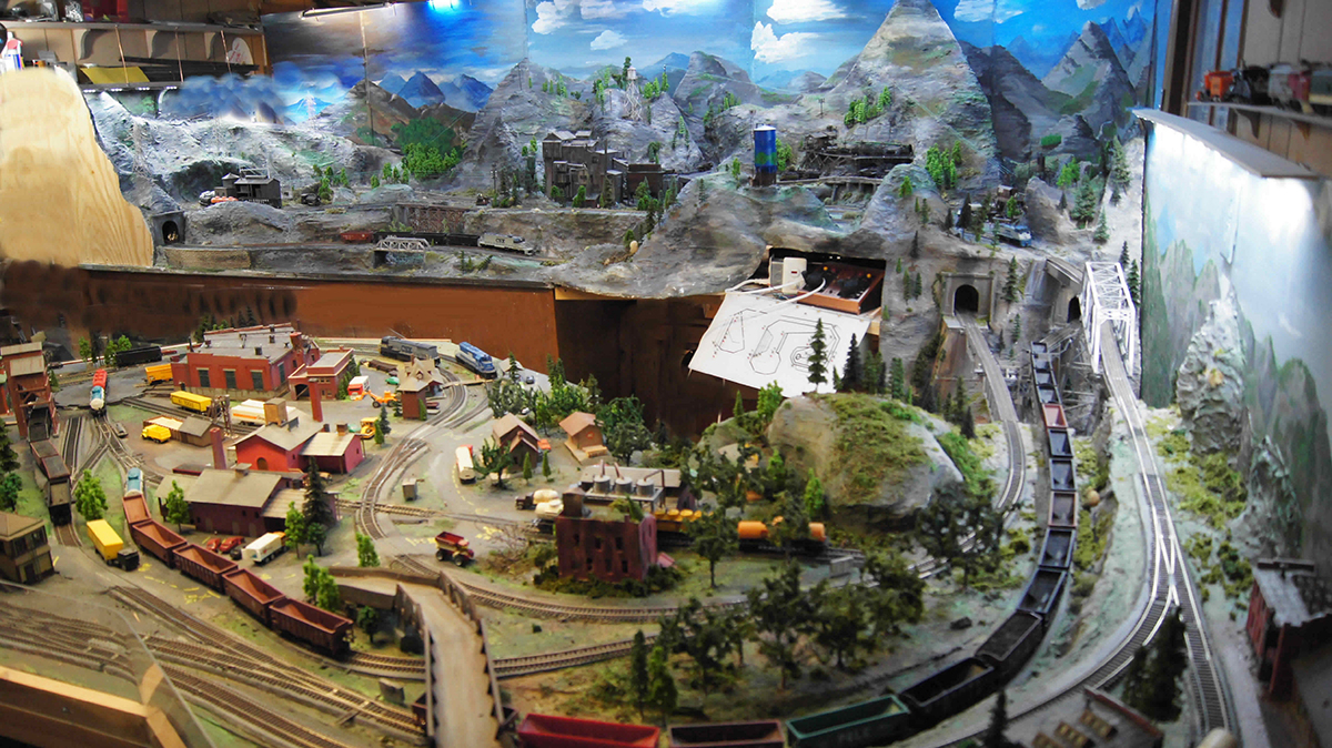 model railroad coal mine