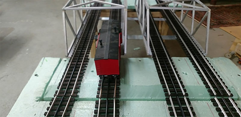 O scale lift bridge