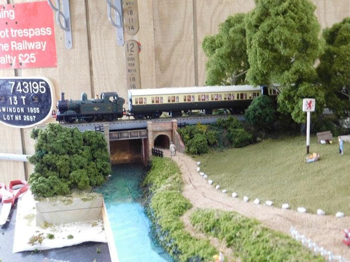 model railway bridge