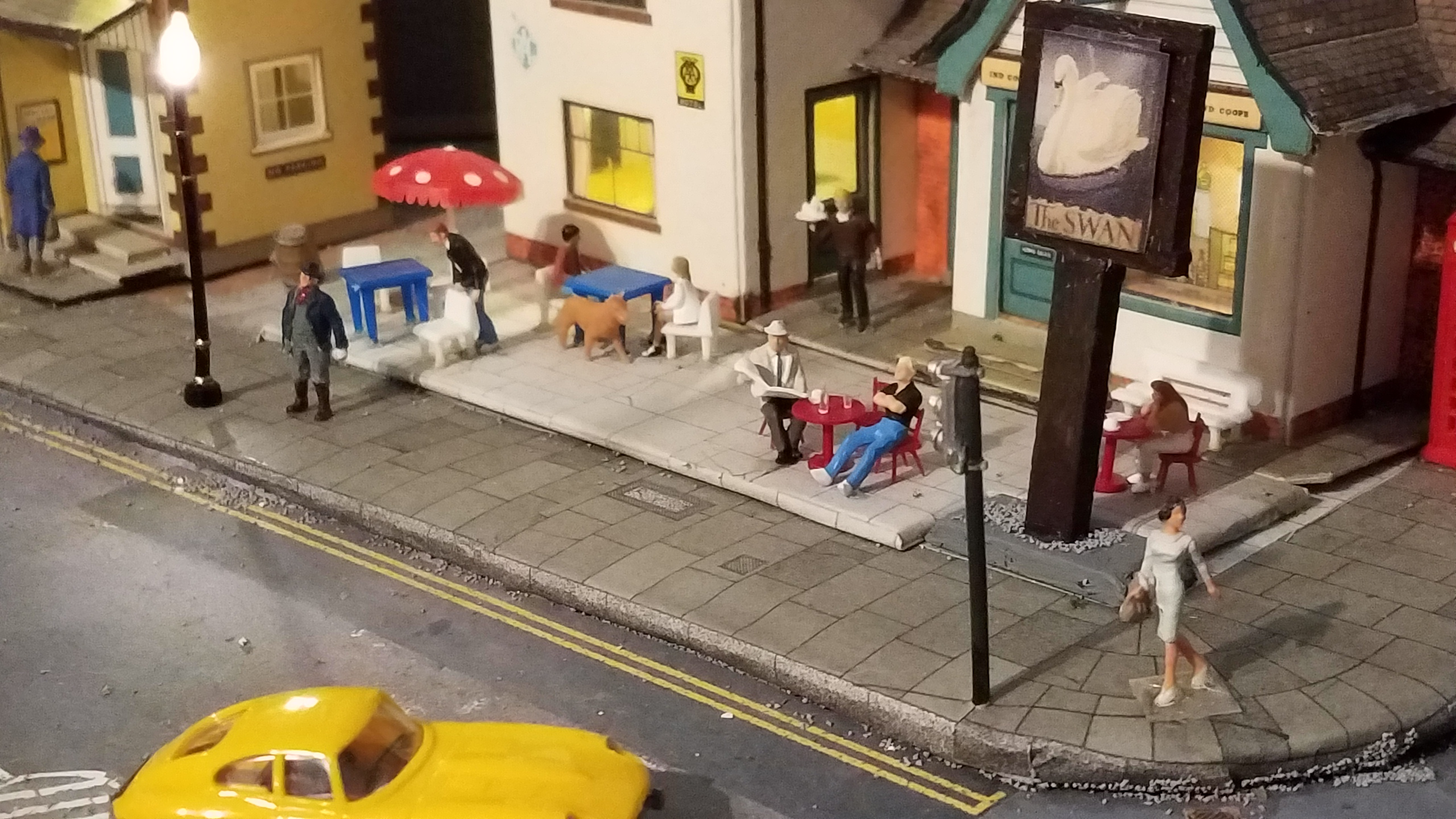 model railway pub