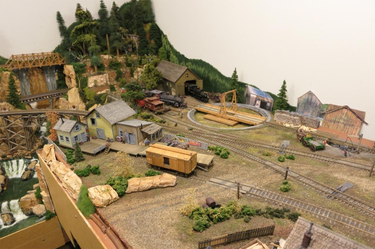 lumber model railroad