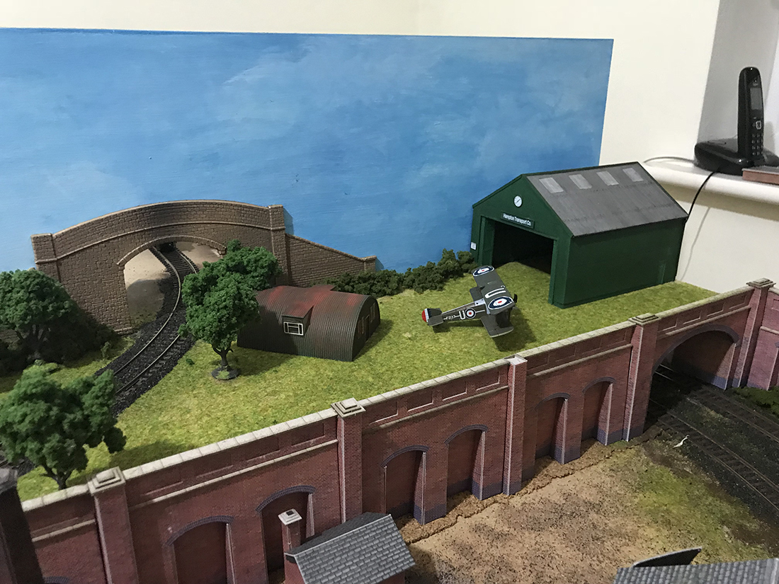 Phil's latest railway - his third version - Model railroad ...