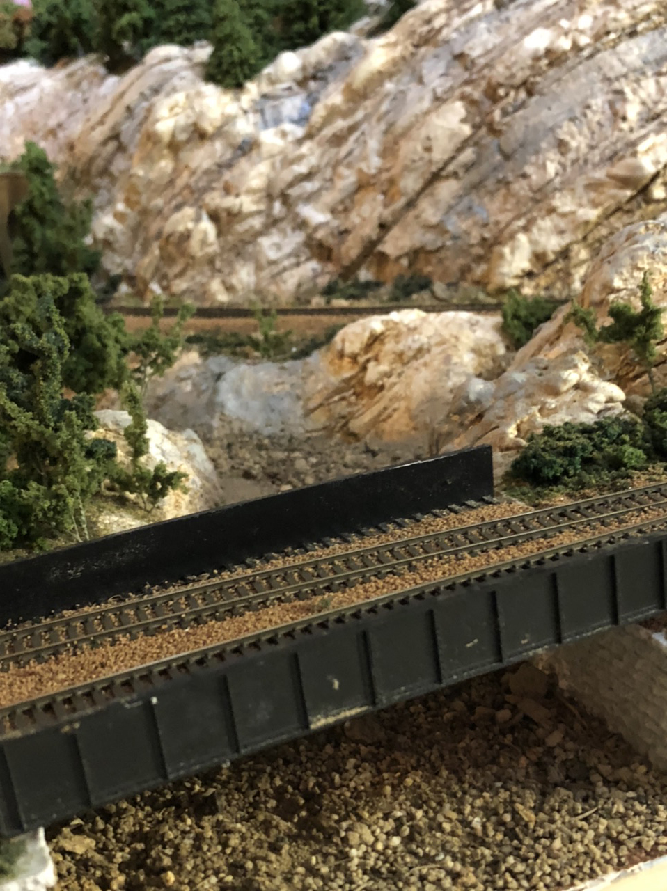 N scale tunnel bridge