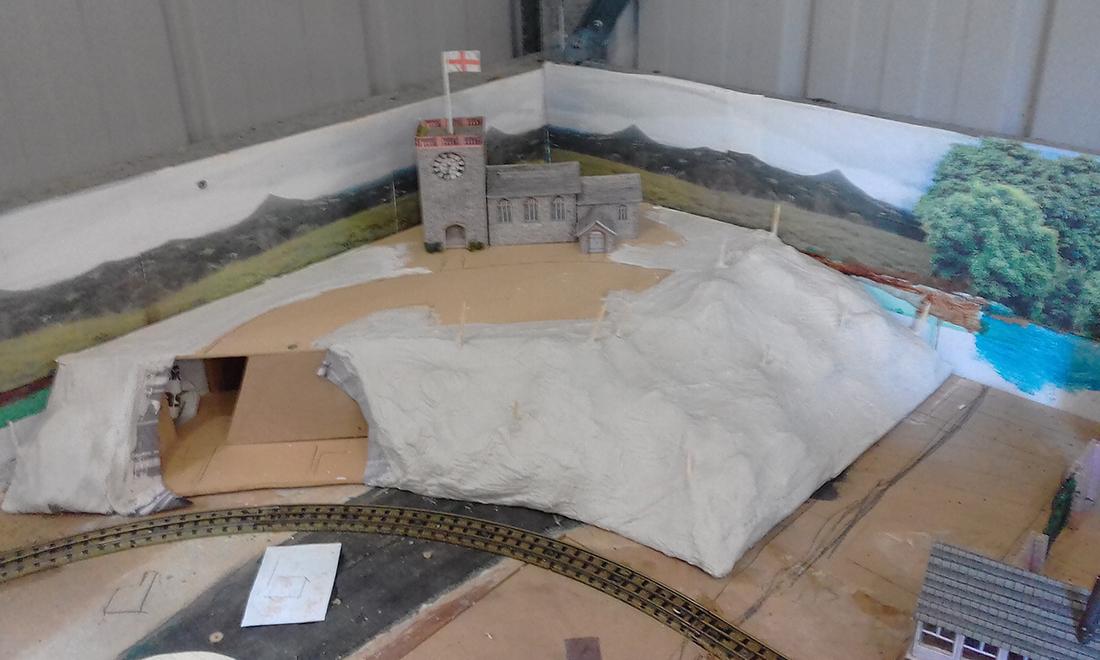 plaster paris tunnel
