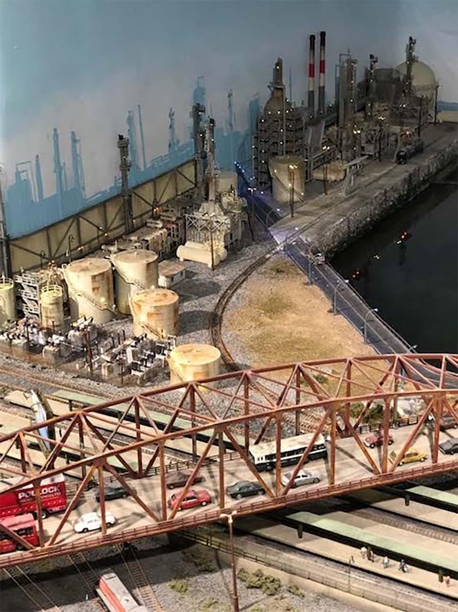 n scale oil refinery